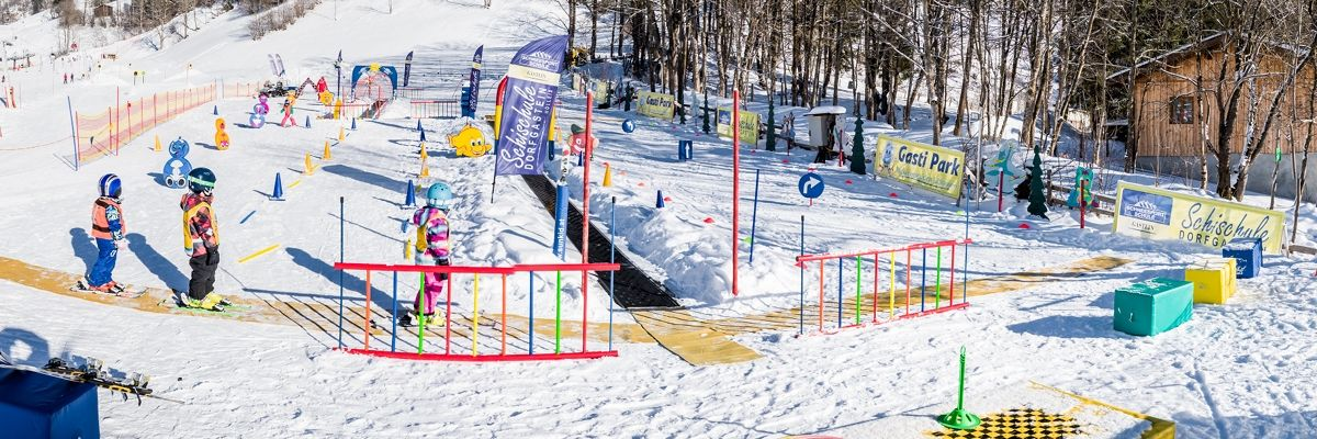 Ski course for children in the kids park Dorfgastein